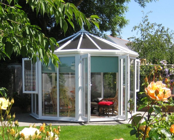 Conservatory designs dublin conservatories sunrooms for Sunroom garden room
