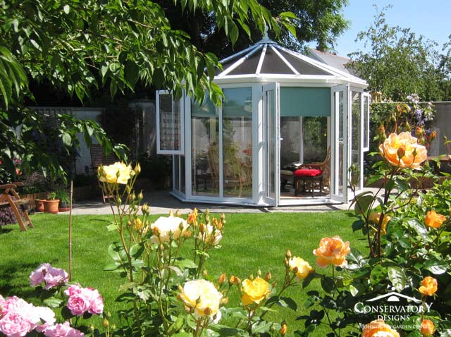 Sunroon-Conservatory-Designs