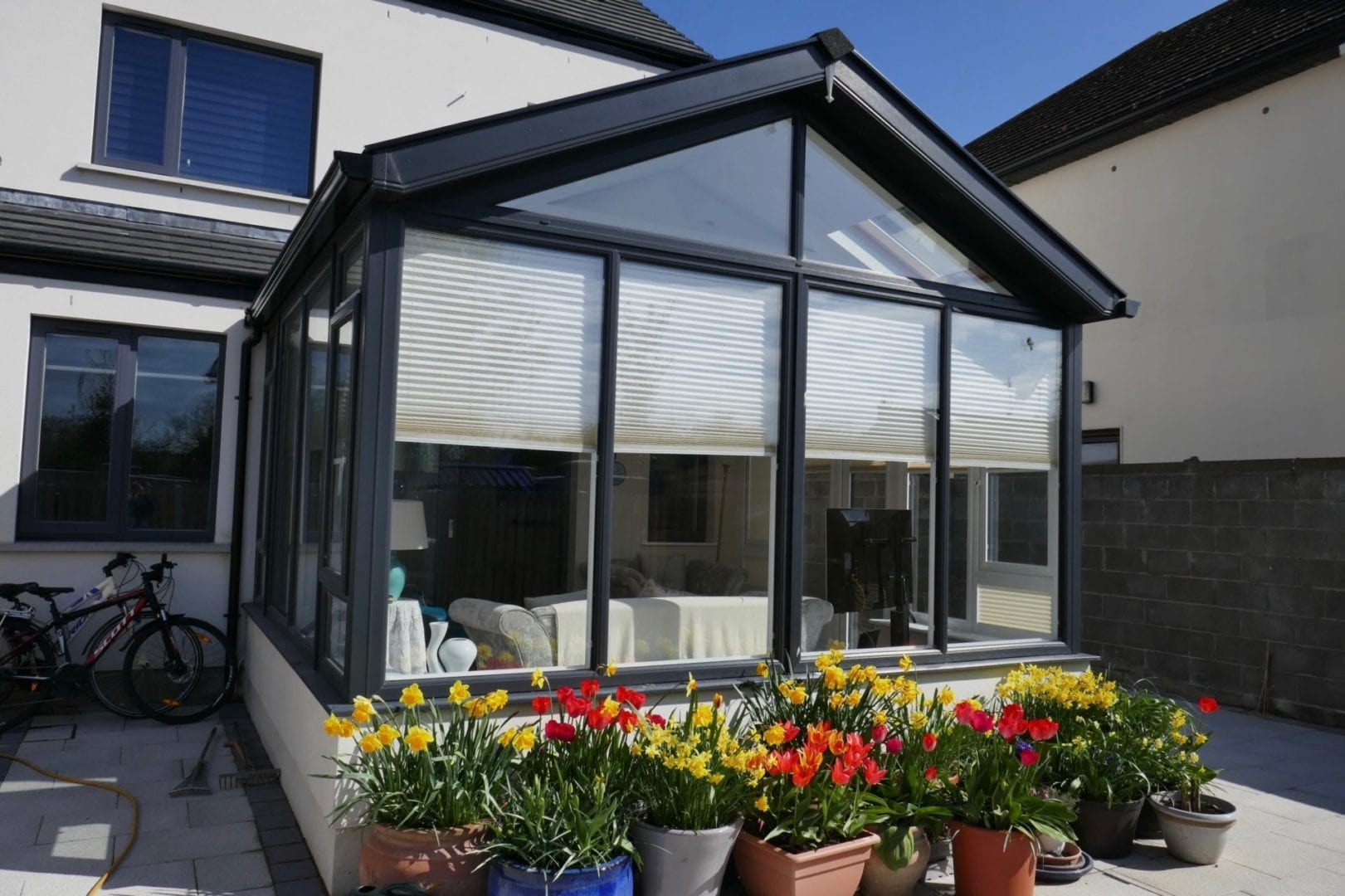 Gable Front Sunroom Without Pillars