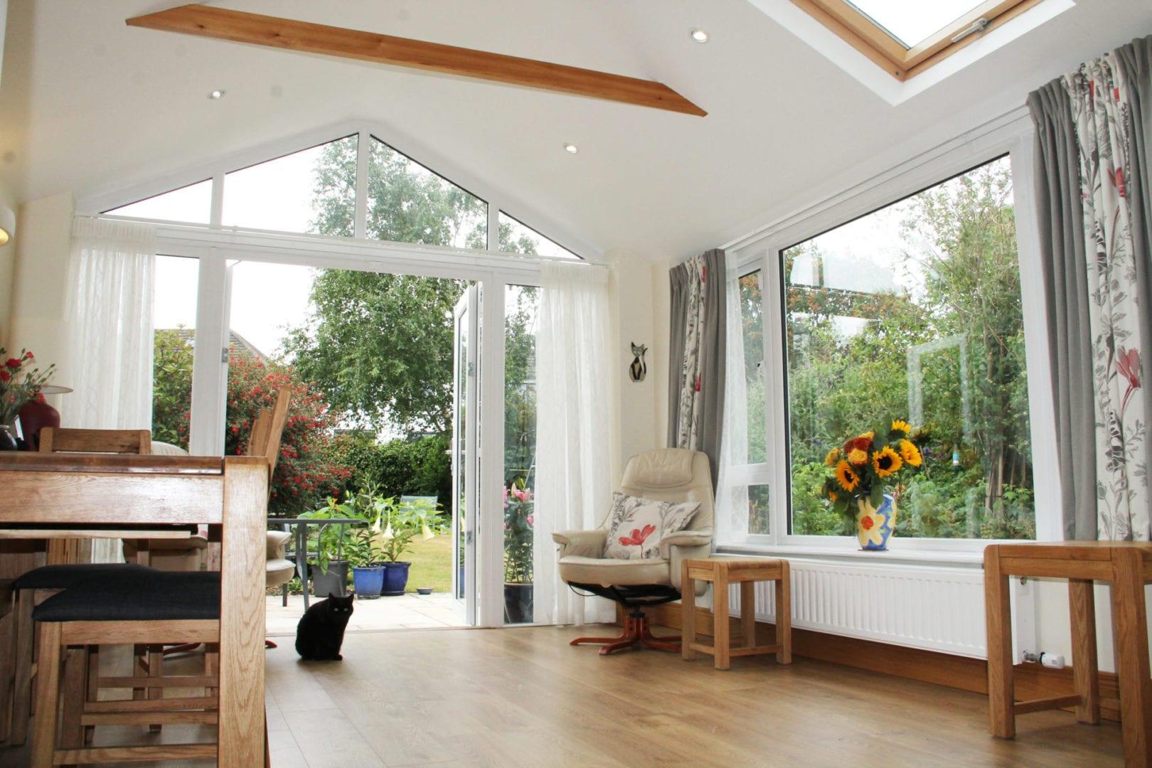 Gable Front Sunroom With Pillars Internal